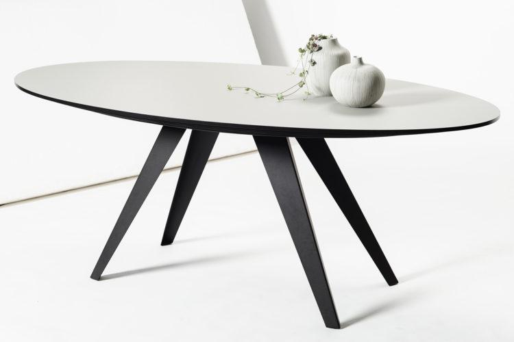 Eettafel ovaal design